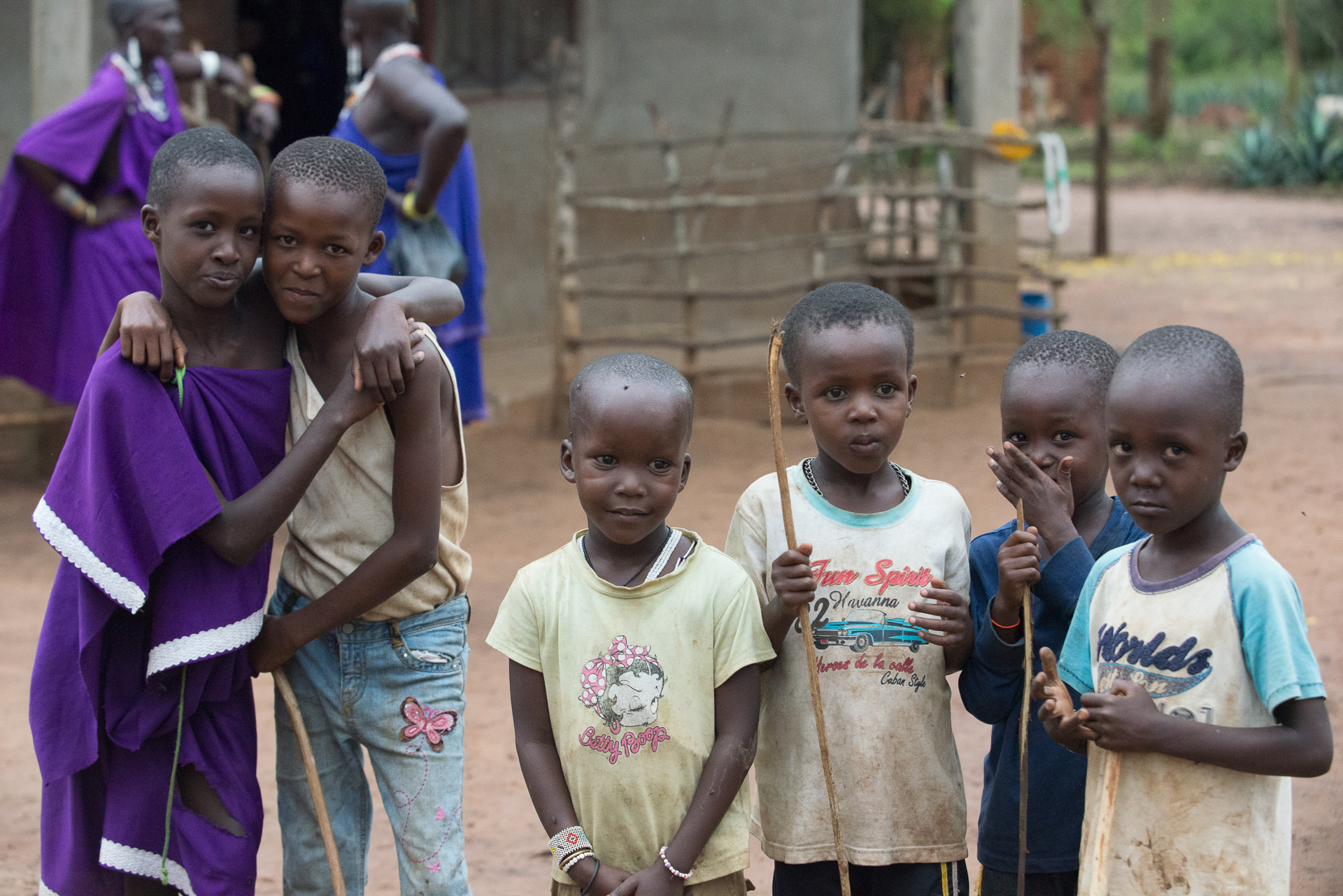 fd6557d7903 Ας κάνουμε το σχολείο πιο ανθρώπινο. 'Gongo Kids' Calling - Give and Fund  Crowdfunding